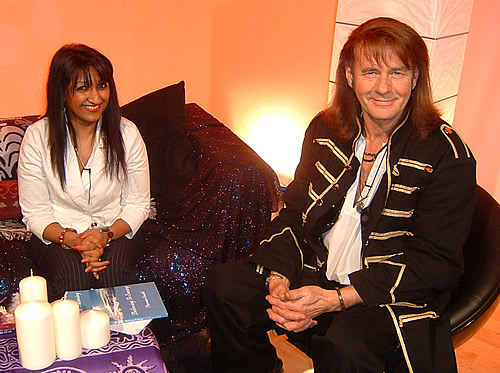 Parveen Smith with Nick Ashron on Nick Ashron's Lightworker's Guide to the Galaxy TV Show